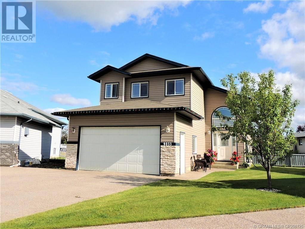 House for sale at 9033 129 Ave Grande Prairie Alberta - MLS: GP208125