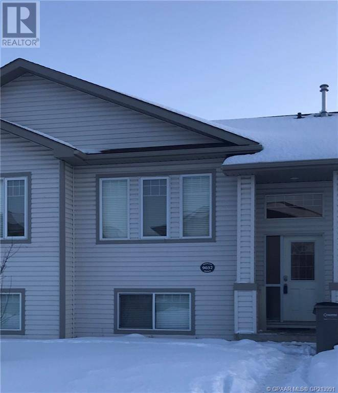 House for sale at 9037 131 Ave Grande Prairie Alberta - MLS: GP213991