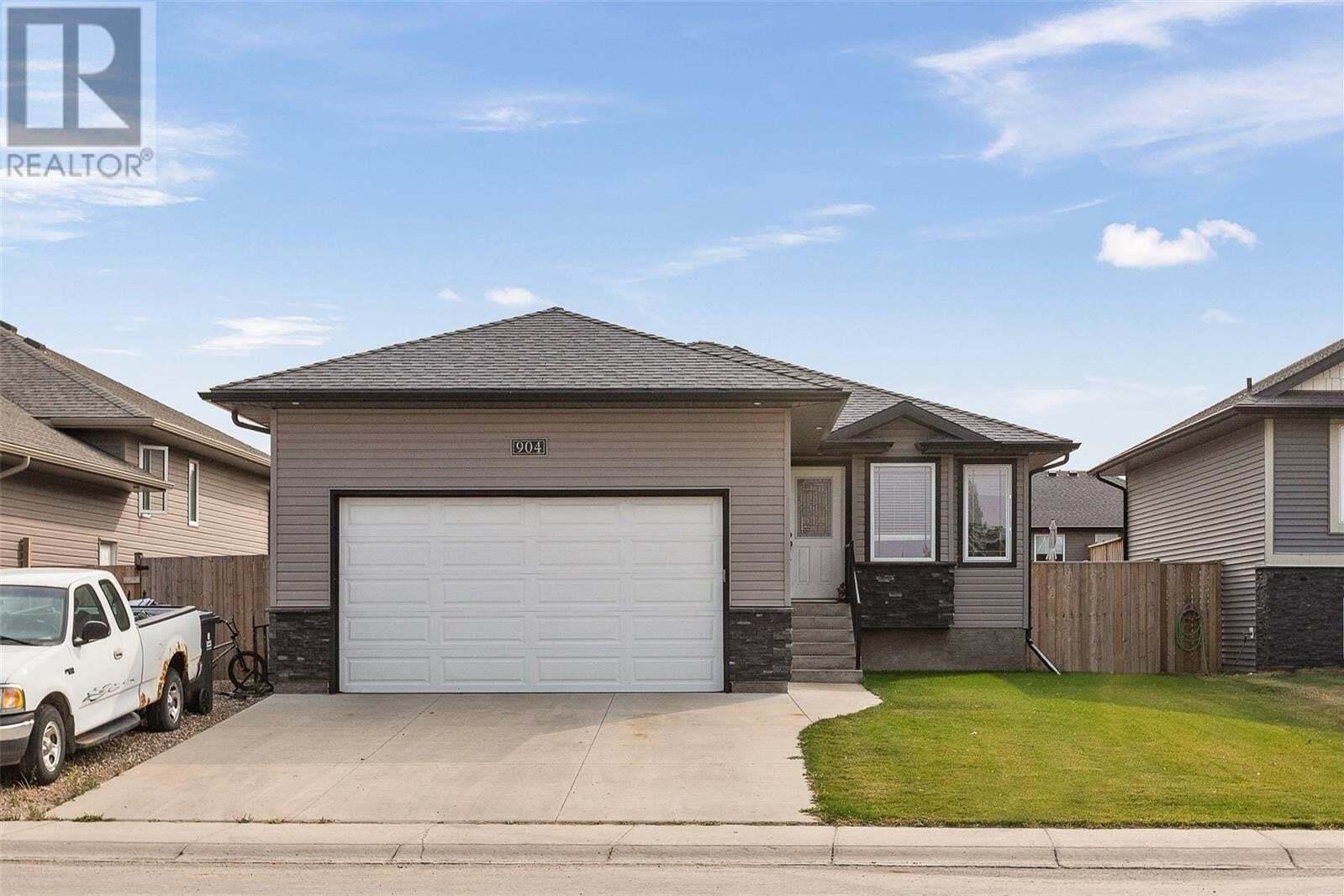 House for sale at 904 4th St S Martensville Saskatchewan - MLS: SK826899