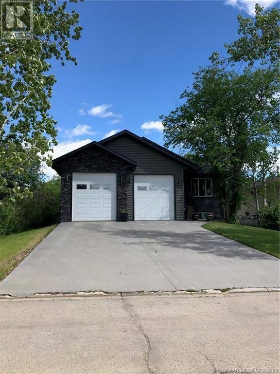 House for sale at 904 6 Ave Beaverlodge Alberta - MLS: GP206105