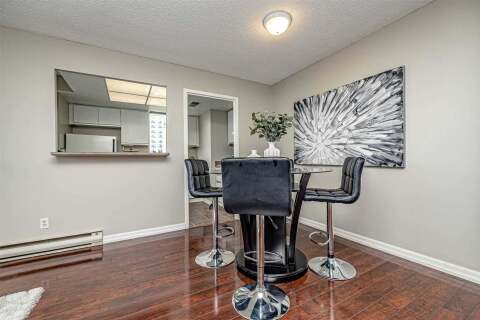 Condo for sale at 75 Ellen St Unit 904 Barrie Ontario - MLS: S4792068