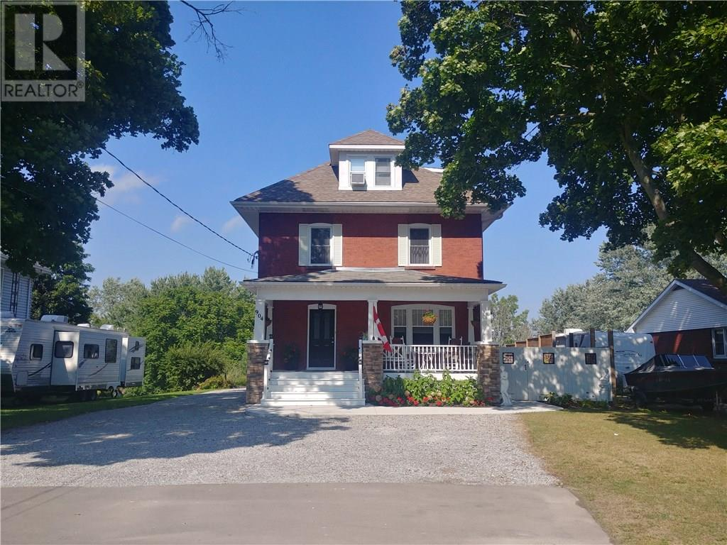 Removed: 904 Main Street, Port Dover, ON - Removed on 2018-11-24 04:18:14
