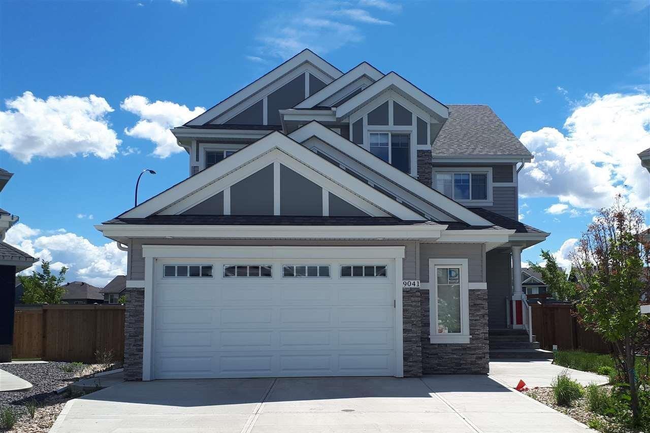 House for sale at 9041 24 Av SW Edmonton Alberta - MLS: E4194134