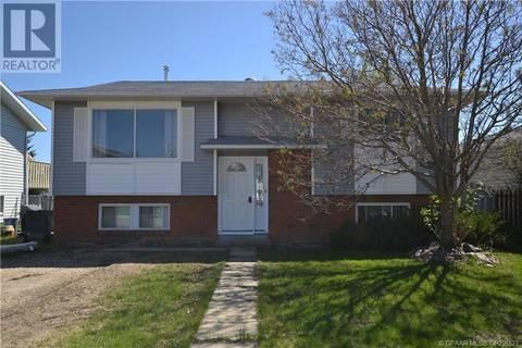 House for sale at 9045 103 Ave Grande Prairie Alberta - MLS: GP205527