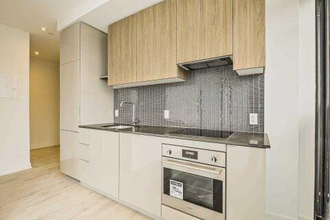 Apartment for rent at 161 Roehampton Ave Unit 905 Toronto Ontario - MLS: C4998523