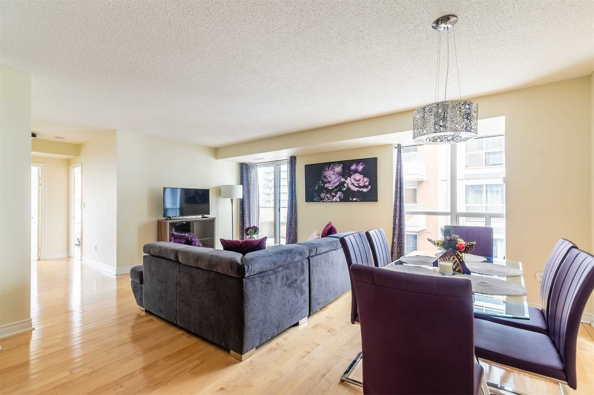 For Rent: 905 - 270 Wellington Street West, Toronto, ON | 2 Bed, 2 Bath Condo for $2900.00. See 16 photos!