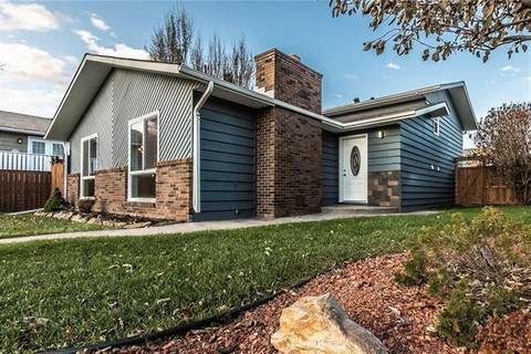 House for sale at 905 8th St Southeast High River Alberta - MLS: C4273005