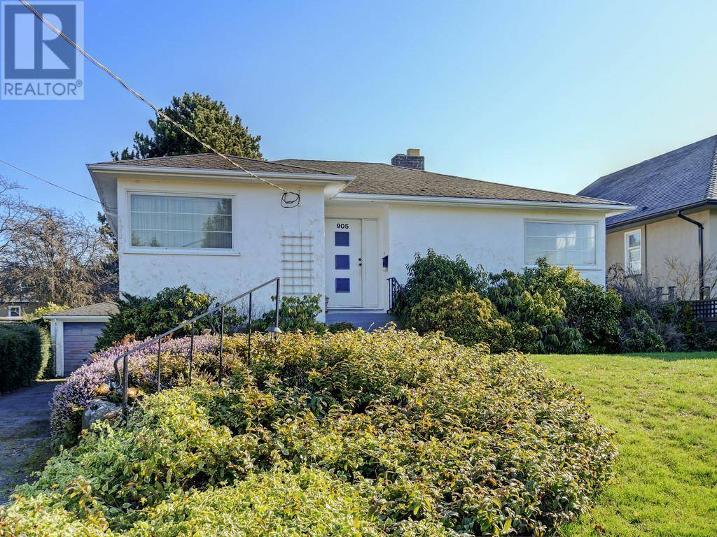 House for sale at 905 Lawndale Ave Victoria British Columbia - MLS: 421659