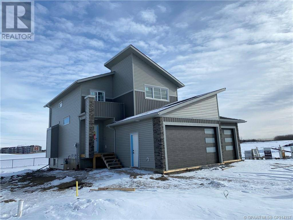 House for sale at 9054 81 Ave Grande Prairie Alberta - MLS: GP214237