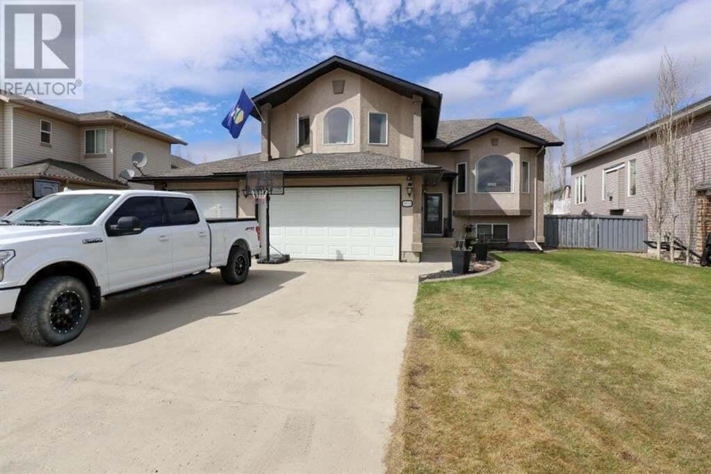 House for sale at 9054 Lakeshore Dr Grande Prairie Alberta - MLS: A1001172