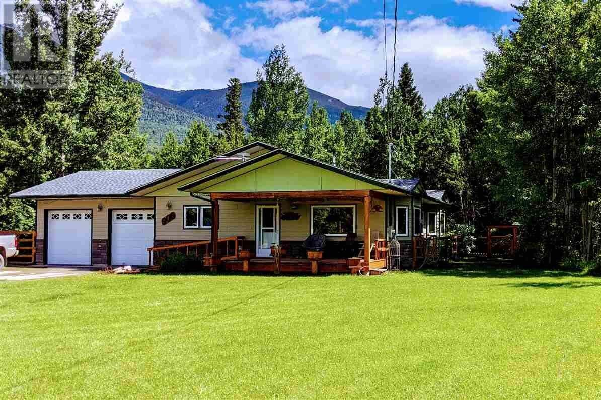 House for sale at 906 Airport Rd Mcbride British Columbia - MLS: R2477377
