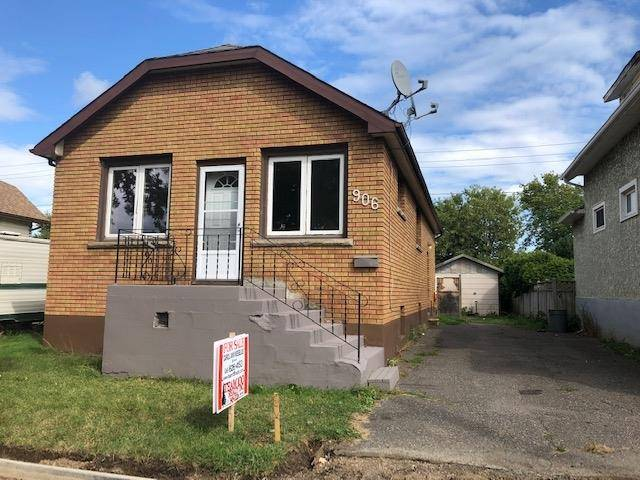 House for sale at 906 Alberta St Thunder Bay Ontario - MLS: TB192831