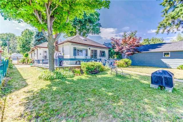 For Sale: 907 Adams Road, Innisfil, ON | 3 Bed, 2 Bath House for $899,000. See 16 photos!