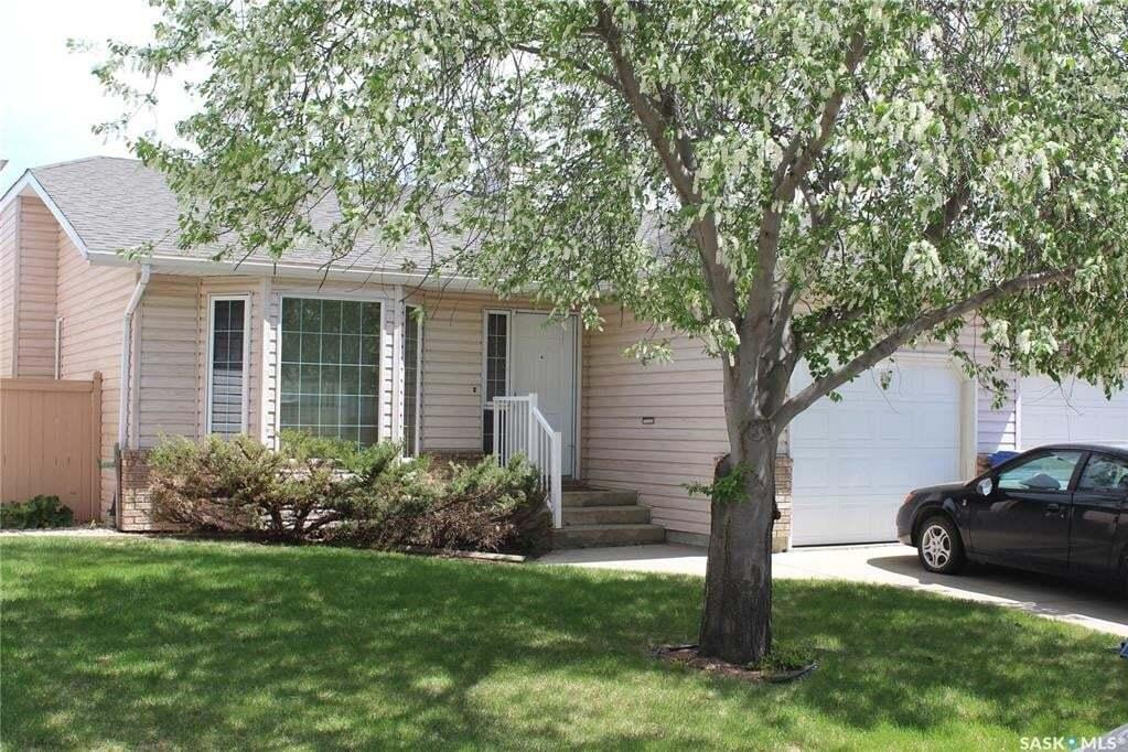 House for sale at 907 Garry St N Regina Saskatchewan - MLS: SK809521