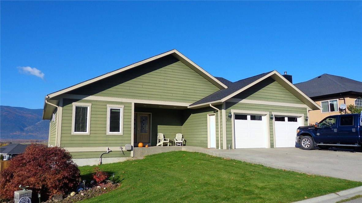 House for sale at 907 Hawkview Drive Dr Creston British Columbia - MLS: 2441774