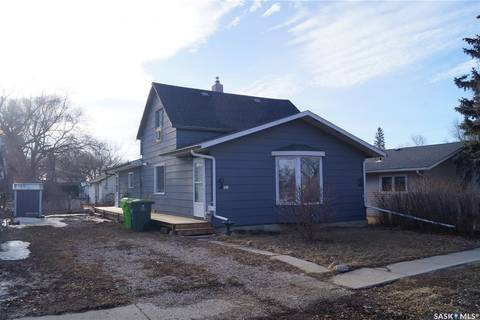 House for sale at 907 King St Rosetown Saskatchewan - MLS: SK803238