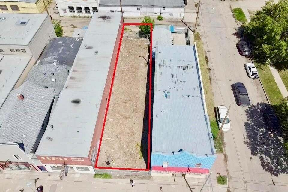 Home for sale at 908 20th St W Saskatoon Saskatchewan - MLS: SK815327