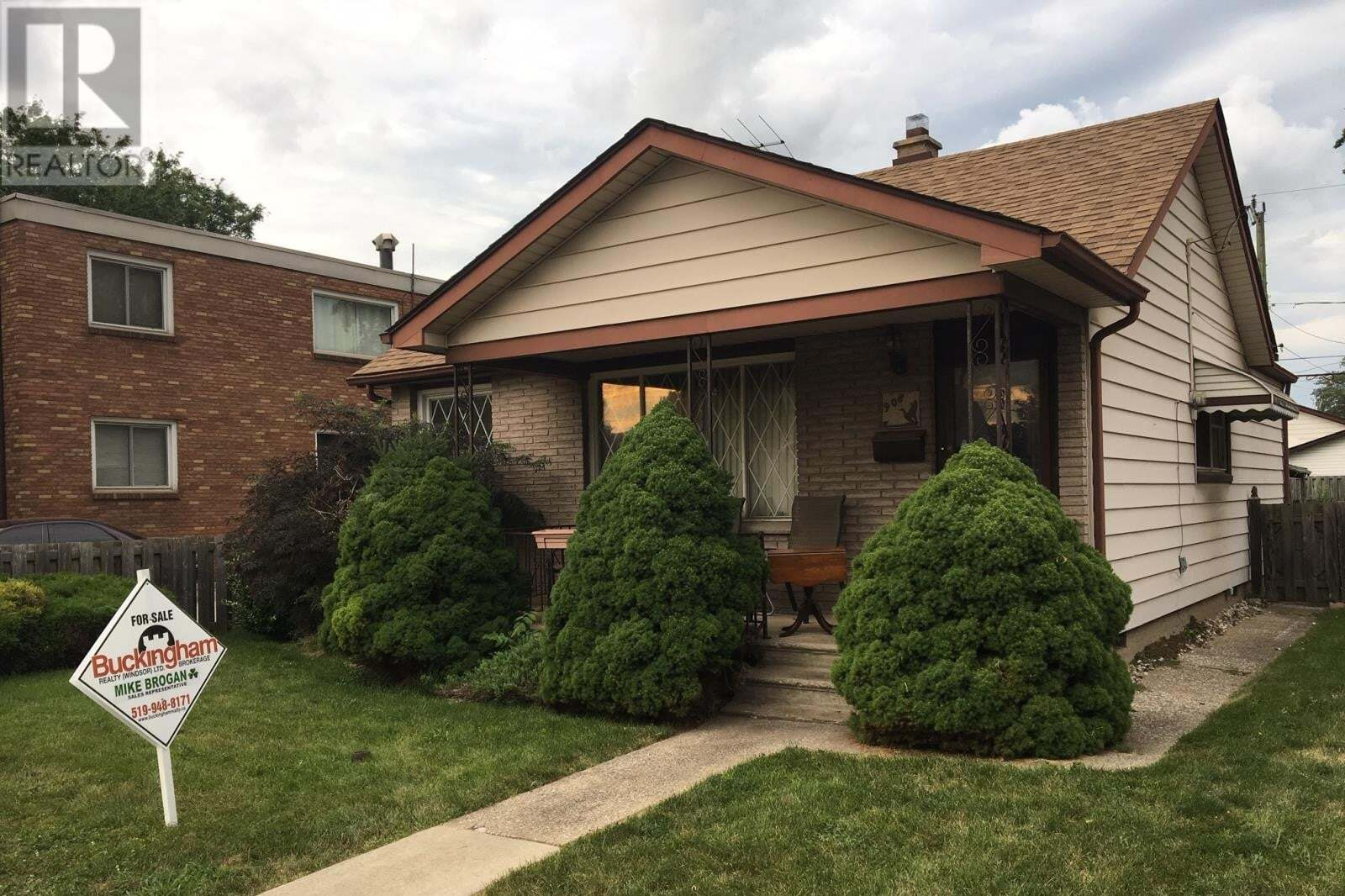 House for sale at 908 Partington Ave Windsor Ontario - MLS: 20009335