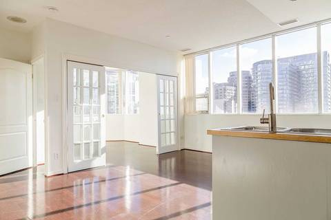 Apartment for rent at 393 King St Unit 909 Toronto Ontario - MLS: C4492811