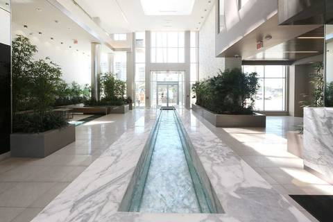 Apartment for rent at 9600 Yonge St Unit 909 Richmond Hill Ontario - MLS: N4641344