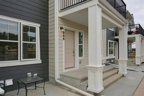 Townhouse for sale at 909 Cranbrook Walk/walkway Southeast Calgary Alberta - MLS: C4263062