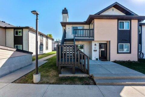 Townhouse for sale at 91 Cedar Springs Gdns SW Calgary Alberta - MLS: A1032381
