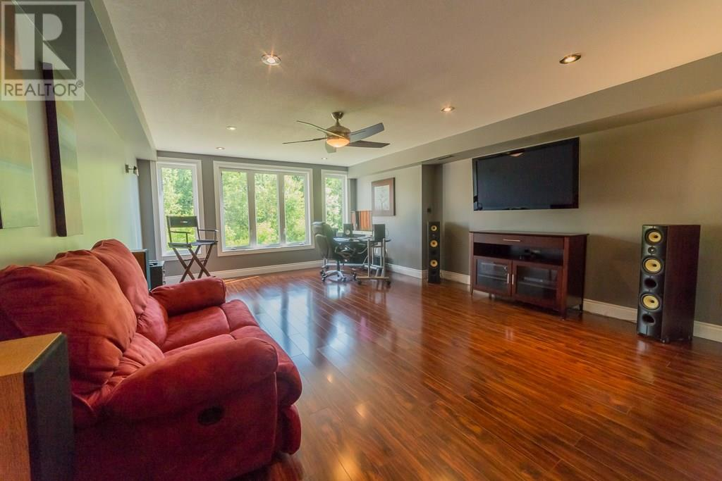 For Sale: 91 Creighton Avenue, Guelph, ON | 4 Bed, 4 Bath House for $849,529. See 43 photos!