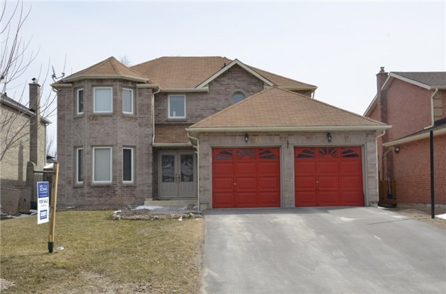 For Sale: 91 Hutchinson Drive, New Tecumseth, ON | 4 Bed, 3 Bath House for $639,900. See 20 photos!