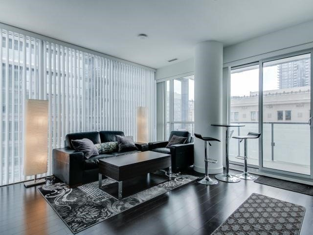 For Sale: 910 - 15 Grenville Street, Toronto, ON | 2 Bed, 1 Bath Condo for $738,888. See 20 photos!