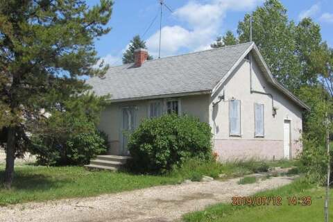 House for sale at 910 6th  Ave Beaverlodge Alberta - MLS: A1004858
