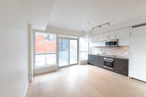 910 - 8 Mercer Street, Toronto | Image 2