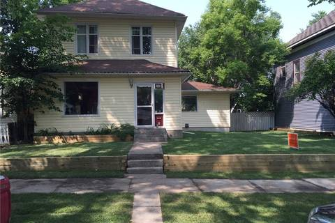 House for sale at 910 8 St S Lethbridge Alberta - MLS: LD0165168