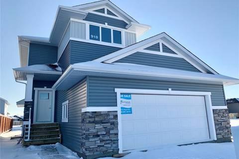 House for sale at 910 Childers Ct Saskatoon Saskatchewan - MLS: SK797925