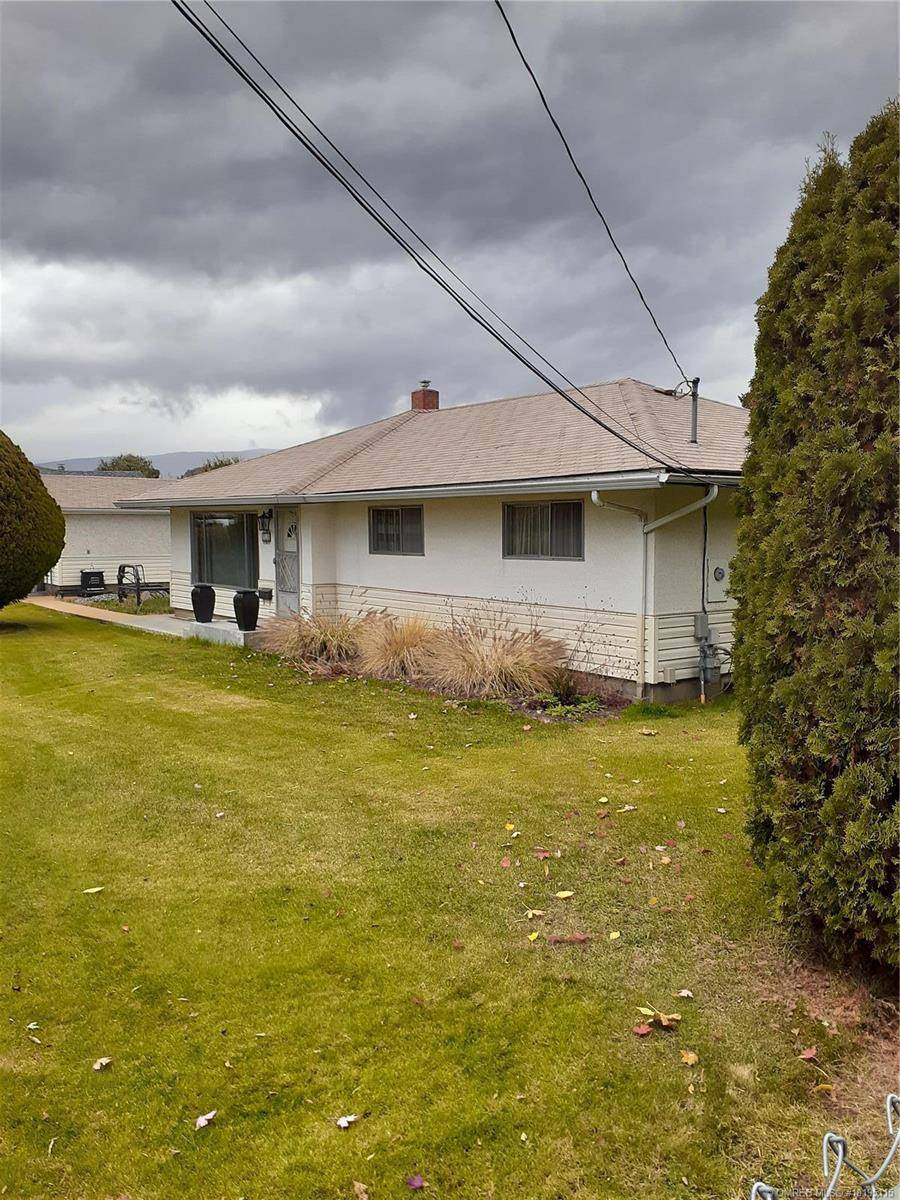 House for sale at 910 Graham Rd Kelowna, B.c. British Columbia - MLS: 10195115