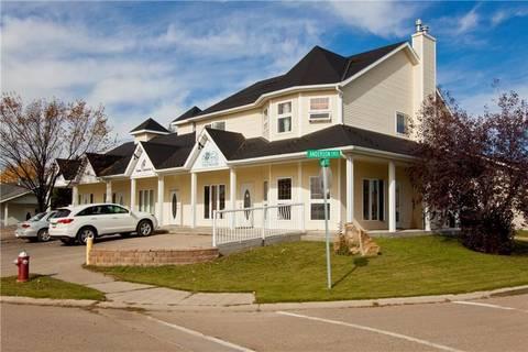 Townhouse for sale at 910 Main St Three Hills Alberta - MLS: C4278491