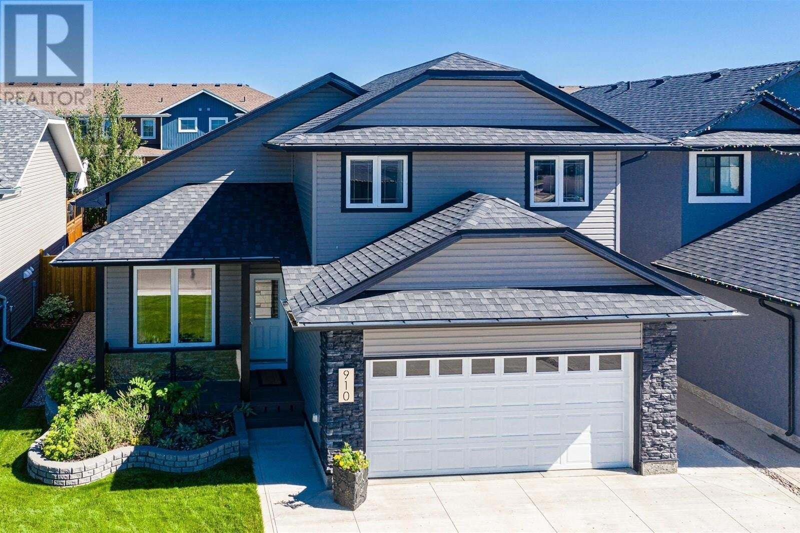 House for sale at 910 Sauer Cres Saskatoon Saskatchewan - MLS: SK820993