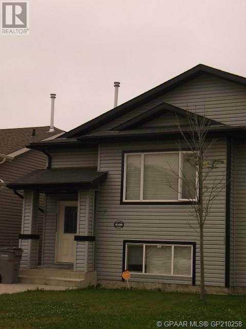 House for sale at 9109 131 Ave Grande Prairie Alberta - MLS: GP210258