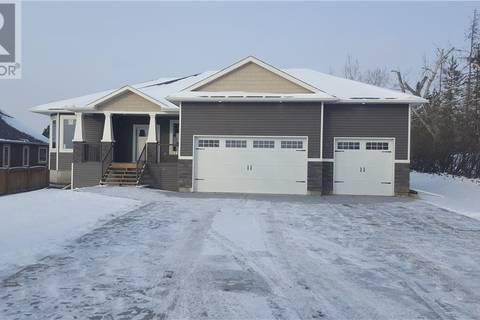 House for sale at 910 3rd St Beaverlodge Alberta - MLS: GP202834