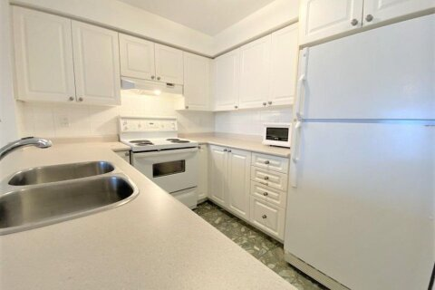 Apartment for rent at 109 Front St Unit 911 Toronto Ontario - MLS: C5083751