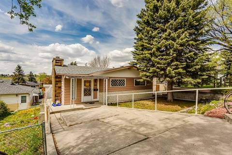 House for sale at 911 17 St Northeast Calgary Alberta - MLS: C4247584