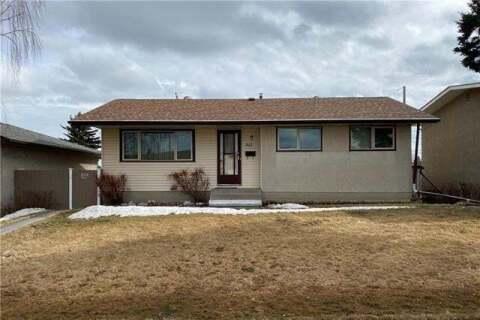 House for sale at 911 Raynard Cres Southeast Calgary Alberta - MLS: C4290746