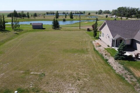 Home for sale at 911 Whispering Dr Vulcan Alberta - MLS: A1021601