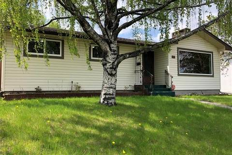 House for sale at 9111 Fairmount Dr Southeast Calgary Alberta - MLS: C4234034