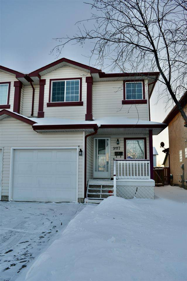 Townhouse for sale at 9117 165 Ave Nw Edmonton Alberta - MLS: E4184184