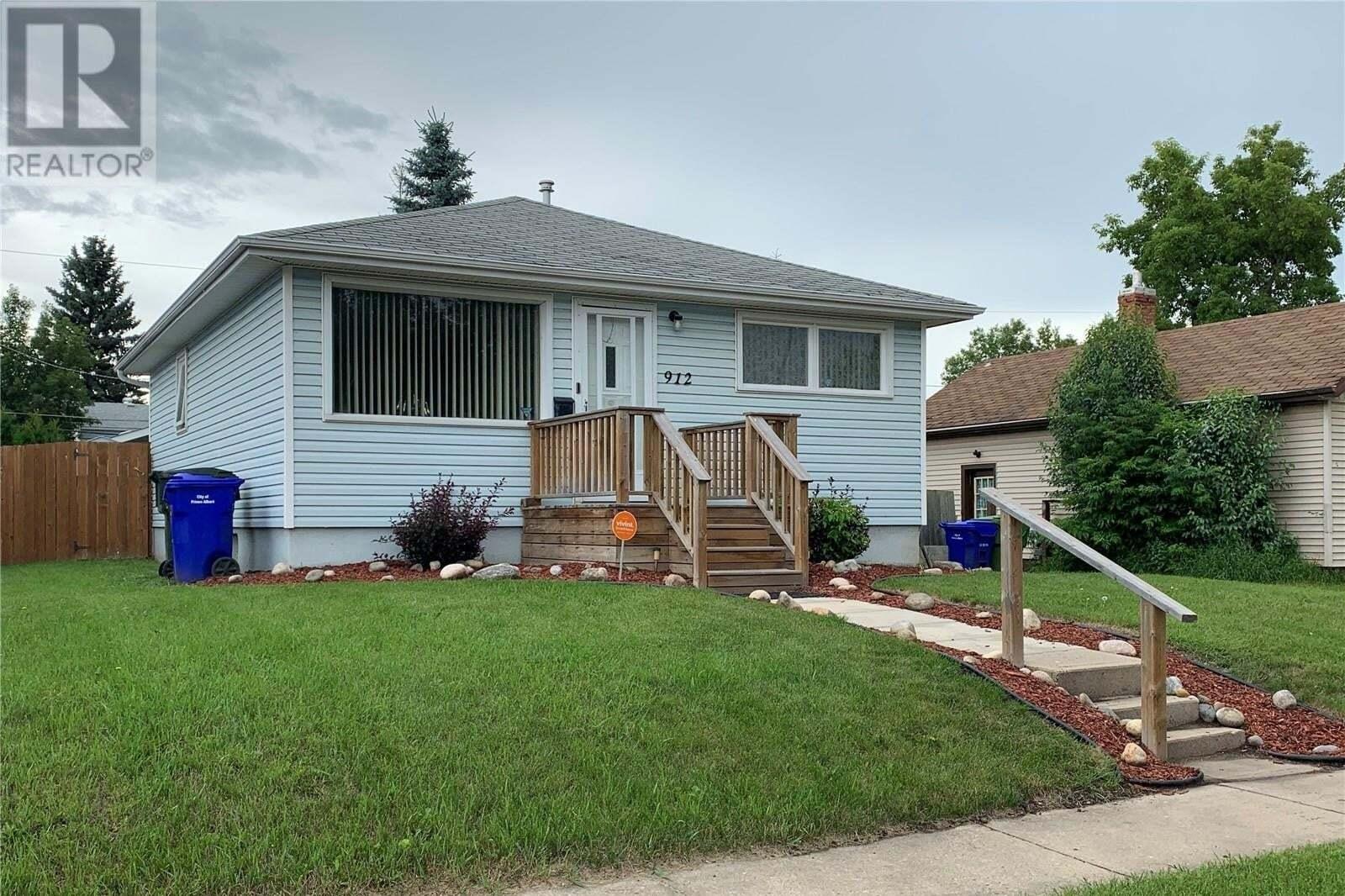House for sale at 912 4th St E Prince Albert Saskatchewan - MLS: SK817296