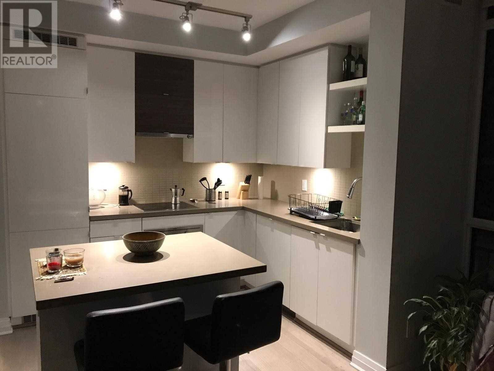 Apartment for rent at 60 Annie Craig Dr Unit 912 Toronto Ontario - MLS: W4606137