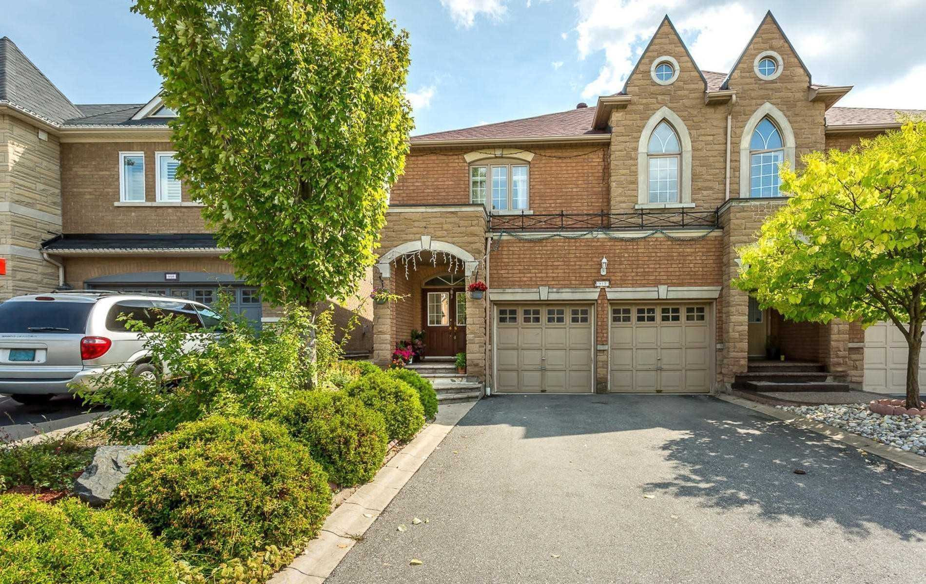 For Rent: 912 Mandolin Place, Mississauga, ON | 4 Bed, 3 Bath Townhouse for $2700.00.