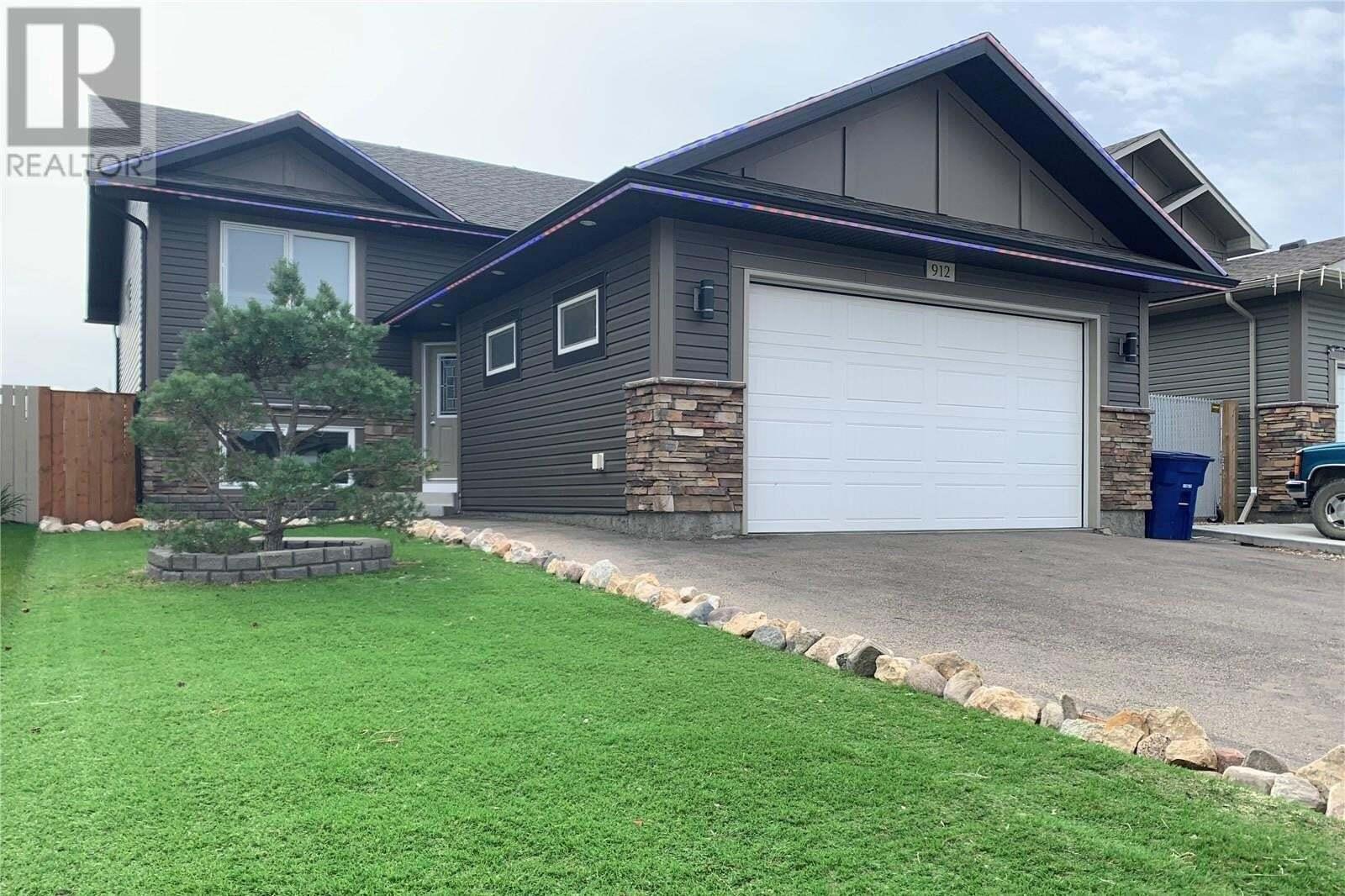 House for sale at 912 Reimer Rd Martensville Saskatchewan - MLS: SK826219