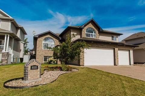 House for sale at 9122 Lake Shore Dr Grande Prairie Alberta - MLS: A1030596