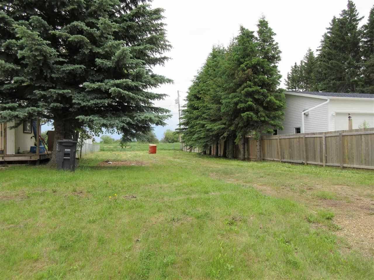 Home for sale at 913 1 St Thorhild Alberta - MLS: E4162857